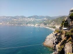 Pemandangan dari Trattoria San Gennaro, nun jauh disana adalah Positano