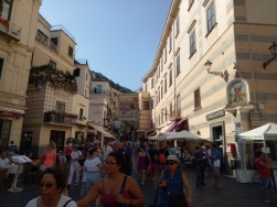 Keramaian menuju Piazza Del Duomo