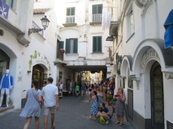 Amalfi dan kesibukannya