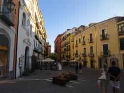 Jalan-jalan sepi di Salerno