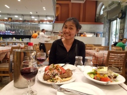 Si Nyonya dan makanannya