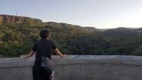 Merenung di atas bukit