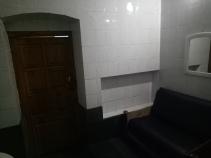 Ruang santai dengan sofa