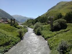 Sungai dekat Kazbegi