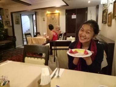 Si Nyonya dan sarapannya