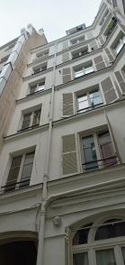 gedung apartemen