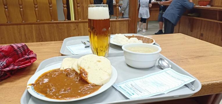 Makan siang kami di Havelska Koruna