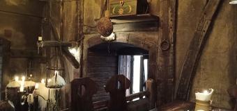 kursi kayu dan desain kuno