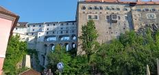Bangunan mirip aquaduct