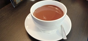 Hot Chocolate di cafe Cocoa yang lezat