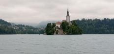 Pulau di tengah danau Bled