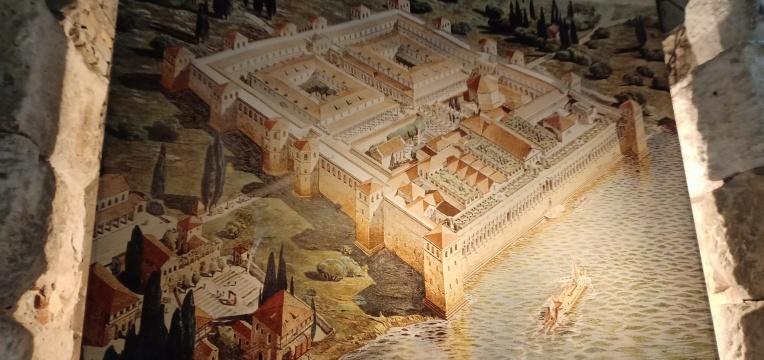 Gambar rekonstruksi Istana Diocletian