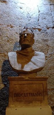 Kaisar Diocletian
