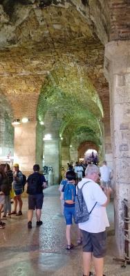 Bagian Basement Diocletian yg sekarang menjadi tempat berjualan oleh-oleh