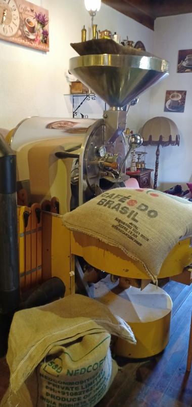 Penggilingan biji kopi
