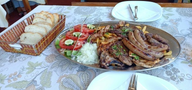 Mixed Grill ala Balkan