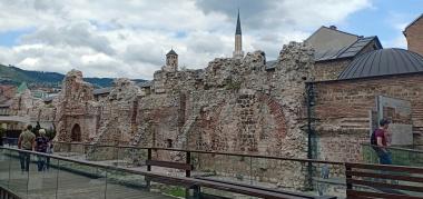 Reruntuhan Caravanserai