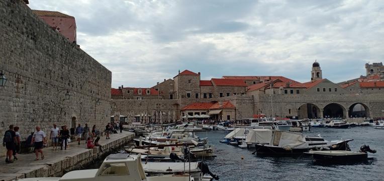 Old Port dan kemegahannya